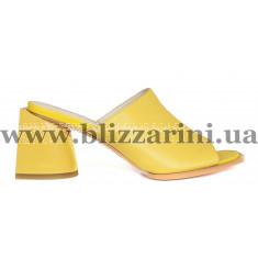 Босоніжки 18J690-05L-1107 желтая кожа л